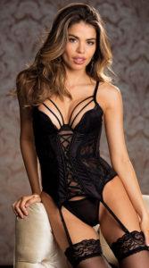 Plus size boudoir outfit ideas