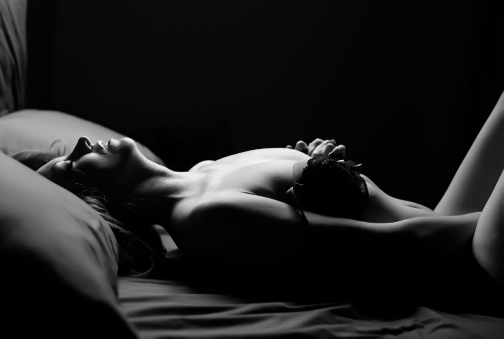Chicago boudoir photography silhouette